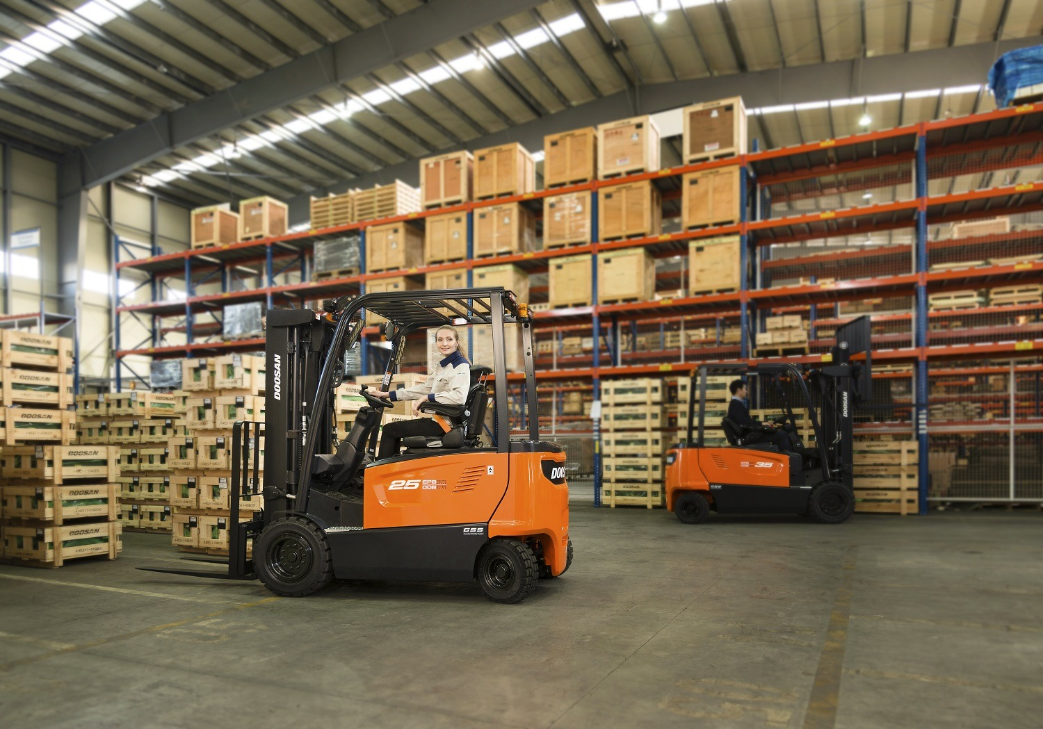 Doosan 2.5 tonne electric forklift with Guardian Stability System