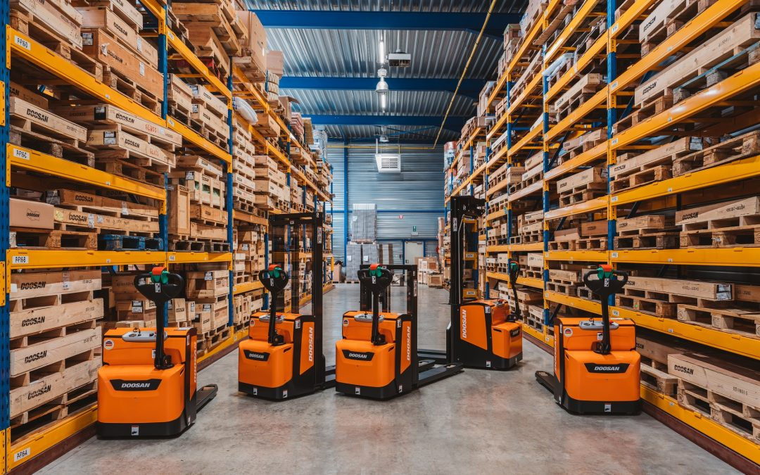 Doosan reveals uplift to warehouse truck range