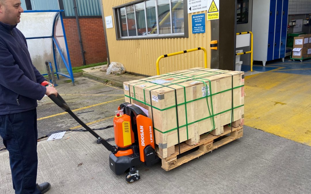Doosan support BNL Bearings in reducing their manual handling